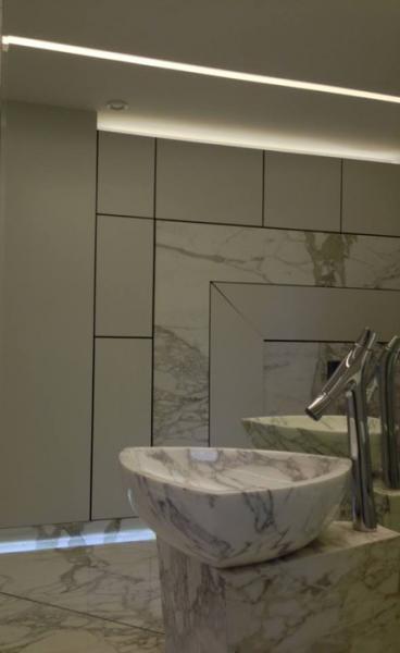 łazienka, umywalka z marmuru