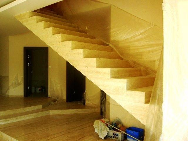 schody 143