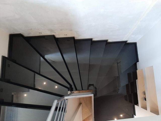 schody 37
