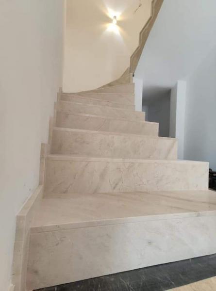 schody 47