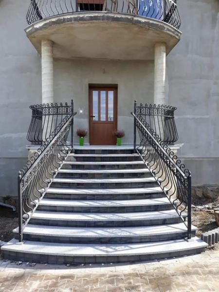 schody 48