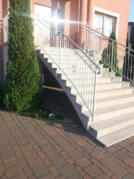 schody 61