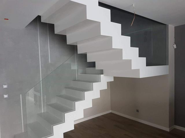 schody 80